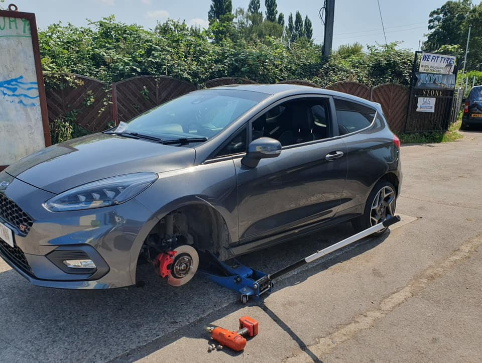 michelin tyres fitted glastonbury