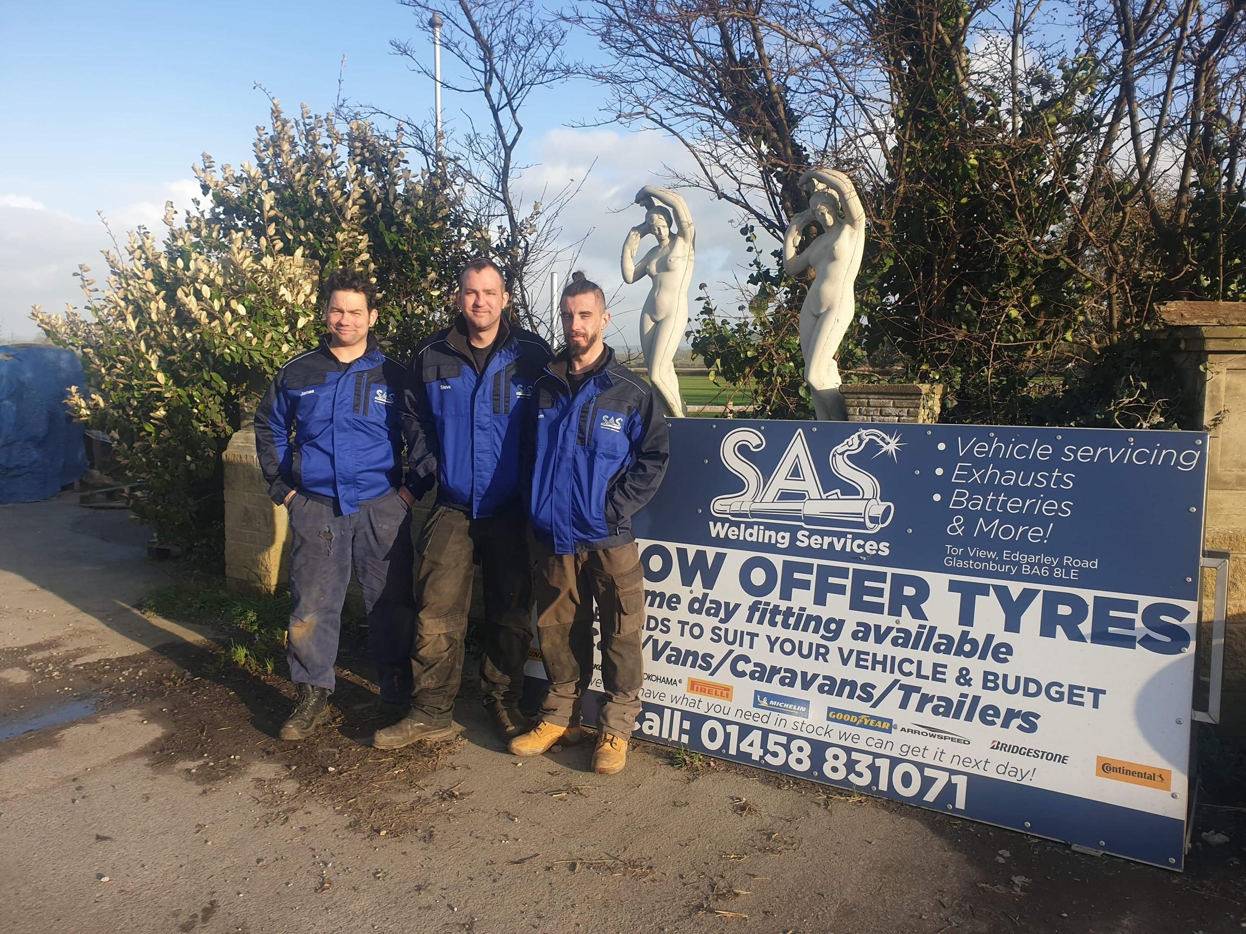 SAS Tyres Team